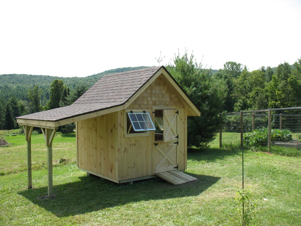 29 lastest storage sheds with overhang Custom build a house online